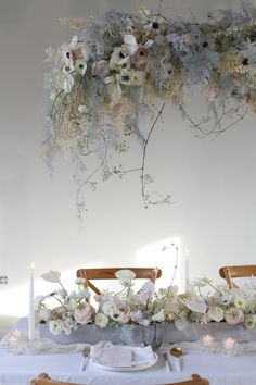 Formation fleuriste one to one - Capucine Atelier Floral Floral, Wedding, Atelier, Flowers, Valentines Day Weddings, Weddings, Flower, Marriage, Chartreuse Wedding