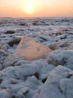 Russia, Far East, Khabarovsk, Sunset, Amur River, 21-27/12/2007
