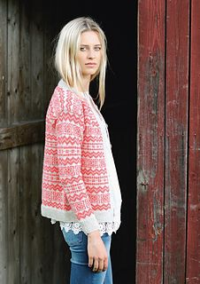 Coral Valldal knitted jacket by Sandnes garn Fair Isle Knitting, Knitting Yarn, Hand Knitting, Knitting Designs, Knitting Projects, Norwegian Knitting, Fair Isle Pattern, How To Purl Knit, Knit Jacket