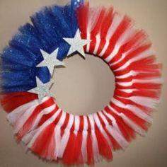 {Its A Muegge Life}: Fourth of July Tulle Wreath Tutorial Flag Wreath, Patriotic Wreath, Patriotic Crafts, July Crafts, Summer Crafts, Diy Wreath, 4th Of July Wreath, Holiday Crafts, Tutu Wreath