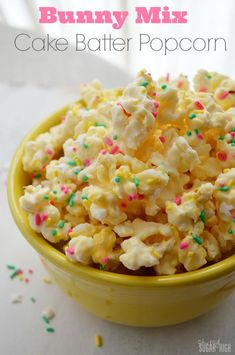 Bunny Mix Cake Batter Popcorn for Easter: This easy to make sweet popcorn uses a vanilla cake mix mixed with almond bark and coconut!