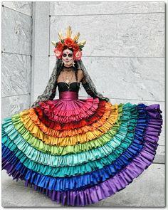Costume Catrina, Sugar Skull Costume, Sugar Skull Makeup, Sugar Skull Dress, Mexican Halloween Costume, Halloween Kostüm, Mexican Fashion, Mexican Style, Mexican Fancy Dress