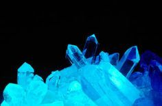 Grow Glowing Crystals - open fluorescent highlighter pen, squeeze out color.
