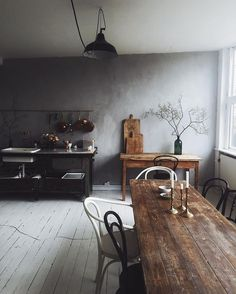 rustic farmhouse kitchen with beautiful old wooden table - wooden table DIY - Kitchen Decor Rustic Decor, Rustic Kitchen, Rustic House, Interior, Wooden Dining Tables, Rustic Farmhouse Kitchen, Home Decor, House Interior, Wooden Table Diy