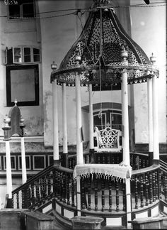 The Nieśwież synagogue, pre-war. In June 1941, Nieśwież was occupied when Germany invaded the Soviet Union. By the end of the same year, the Germans had murdered most of the town's Jews, and a ghetto was established. By July 1942, the remaining Jews had been murdered, and the community of Nieśwież ceased to exist.
