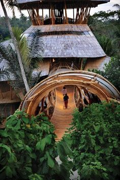 A eco bamboo Tree House in Bali designed and hand-constructed by Elora Hardy  .. for Sumant and Myriam Sharma and their four daughters ...Six stories, constructed (almost) entirely from bamboo treated with natural salt solution. #ecohousebamboo