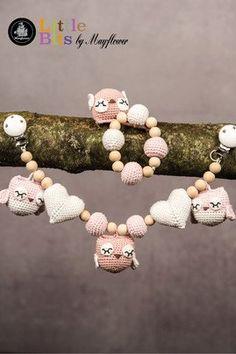 Se og udskriv gratis opskrift fra Mayflower her. Owl Crochet Pattern Free, Crochet Owls, Crochet For Kids, Free Pattern, Crochet Patterns, Baby Shower Gifts, Baby Gifts, November Baby, Pram Toys