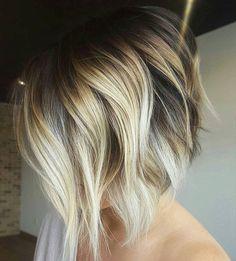 angled-bob-braune-farbe-mit-blonde-straehnen