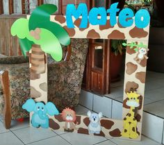 Marco para fotos jungla Baby Boy Birthday Themes, Jungle Theme Birthday, Wild One Birthday Party, Baby Boy First Birthday, Animal Birthday, Jungle Party, Safari Party, Safari Decorations, Baby Shower Decorations