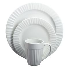 <h2>Description</h2>The graceful fluting of the Corningware French White tableware creates the perfect table setting for any occasion- from formal entertaining to everyday use.<br/>