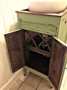 Very cool piece of furniture to repurpose - blue roof cabin: Victrola to Vanity Cabinet