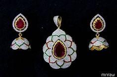 Beautiful pendant set
