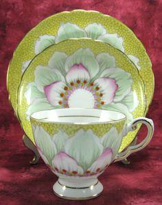 RESERVED for Hilary: Vintage Cup And Saucer von AntiquesAndTeacups