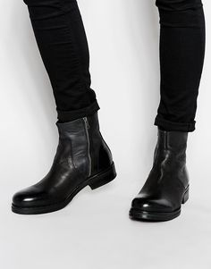 Boots by Selected Real leather upper Side zip fastening Round toe Low stacked heel and sole Treat with a leather protector 100% Real leather upper