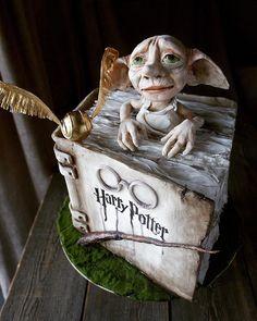 Mal, 227 Kommentare - Тут «Гнут и Пряник Bolo Harry Potter, Dobby Harry Potter, Harry James Potter, Harry Potter Decor, Harry Potter Wedding, Harry Potter Birthday, Harry Potter Memes, Homemade Birthday Cakes, My Birthday Cake