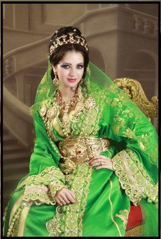 The traditional caftan is made out of silk or cotton and can be worn both by women and by men. Moroccan Bride, Moroccan Wedding, Moroccan Caftan, Moroccan Style, Arab Fashion, Ethnic Fashion, Fashion History, Womens Fashion, Arabian Women