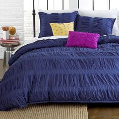 Ruched Duvet Cover  http://www.snowbedding.com/ more at https://www.snowbedding.com/glossary/ruched-duvet-cover/