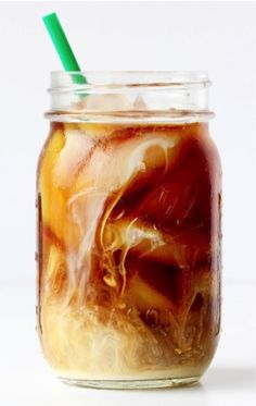 Cold Brew Coffee Recipe (The Frugal Girls) I Love Coffee, Hot Coffee, Iced Coffee, Coffee Menu, Starbucks Coffee, Cappuccino Coffee, Easy Coffee, Cold Brewed Coffee, Coffee Shop