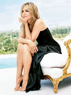 Jennifer Aniston in Glamour.
