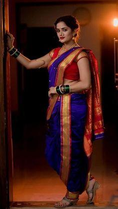 Marathi Saree, Marathi Bride, Indian Bridal Photos, Indian Bridal Outfits, Saree Wearing Styles, Kashta Saree, Dehati Girl Photo, Nauvari Saree, Saree Photoshoot