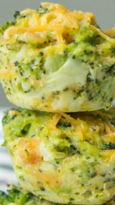 Broccoli Cheese Bites ~ These broccoli cheese bites are great quick and easy appetizers, full of veggie and cheesy goodness.