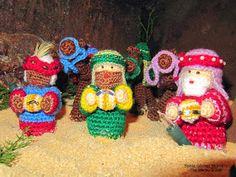 Los tres Reyes Magos Amigurumi - Patrón Gratis en Español aquí: http://ainoslabores.blogspot.de/2013/12/nacimiento.html
