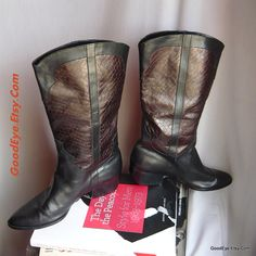 Vintage Rockabilly Boots Leather size 8 .5 narrow Eu 39 UK 6 VANELI Equestrian Flat  Black Brown Two Tone by GoodEye on Etsy