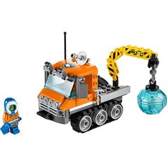 Reach the remotest destinations with the LEGO City Arctic Ice Crawler! This super-robust utility vehicle has multiple lights and tracks to cope with icy terrain, plus a Building For Kids, Model Building, Building Toys, Lego City, Lego Clones, Nerf Toys, Arctic Ice, Lego Construction, Buy Lego