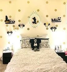 Pin By Crafty Corner On Disney And My Mickey Mouse | Pinterest | Display, Disney  Rooms And Future