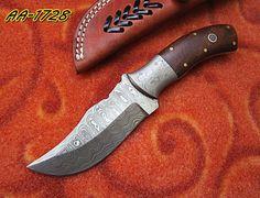 DAMASCUS STEEL CUSTOM HAND MADE  HUNTING  KNIFE WITH GENUINE  LEATHER SHEATH. #BestSteelWarrior
