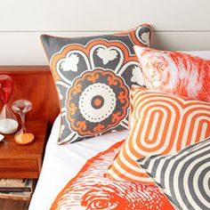 Thomas Paul has a new bedding (and pillow and shower curtain) line coming out. (via designsponge)