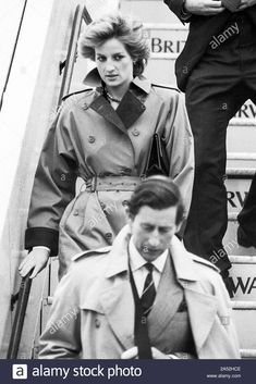 Stock Photo - The prince and Princess of Wales arriving at London's Heathrow Airport in the pouring rain from Vienna in April 1986 Prince And Princess, Princess Kate, Princess Of Wales, Lady Diana, Diana Memorial, Queen Sophia, Duchess Of York, Duchess Kate, Charles And Diana