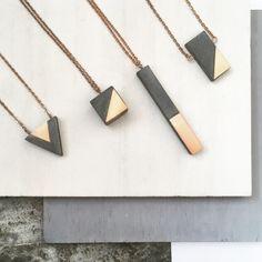 Diy necklace 262405115775776065 - Geometric necklaces Source by darielacruz Cement Jewelry, Ceramic Jewelry, Wooden Jewelry, Resin Jewelry, Handmade Jewelry, Diy Jewelry Inspiration, Geometric Necklace, Geometric Jewelry, Bijoux Diy