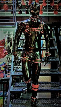Rubber Catsuit, Latex Men, Dog Mask, Heavy Rubber, Guys, Kinky, Masks, Leather, Awesome