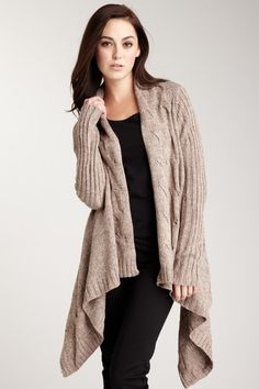 Romeo & Juliet Couture Cozy Cable Cardigan