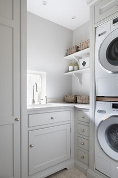 The Petworth Project - Contemporary Country Kitchen - Utility Room - Humphrey Munson Boot Room Utility, Small Utility Room, Utility Room Storage, Utility Room Designs, Small Laundry Rooms, Laundry Room Organization, Laundry In Bathroom, Utility Room Ideas, Utility Cupboard