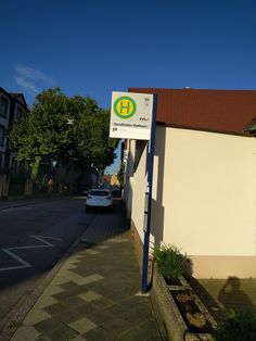 Sandhofen Rathaus - Haltestelle am 06.08.2016.