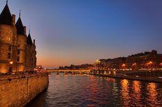 Senna at night  #senna #france #paris #sky #night #evening #twitter #instagood #sunset #evening #colorful #looking #photomanipulation #instapic #influencer #fashionblogger #travelblogger #followme #travelinfluencer #500px View my portfolio on http://ift.tt/xmAcR4
