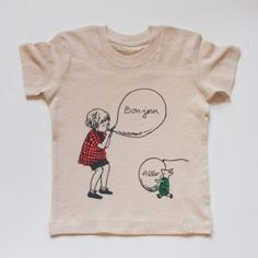 Bonjour! Allo! Winnie The Pooh Tee // at Darling Clementine