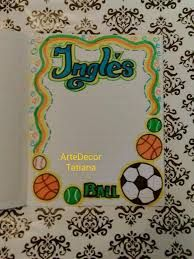 Imagen relacionada Diary Decoration, Page Decoration, Page Borders Design, Border Design, Project Cover Page, Diy And Crafts, Crafts For Kids, Pop Art Fashion, School Notebooks