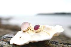 Stunning gold rings from Ardmore Jewellery #jewellery #goldjewellery #sea #beach #oyster #pearl #ring