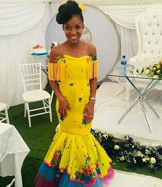 Beautiful Yellow Tsonga Bridesmaid's Dress 2020 Traditional Dresses Images, Tsonga Traditional Dresses, African Traditional Wedding Dress, Traditional Wedding Attire, Traditional Outfits, Wedding Dresses South Africa, African Wedding Attire, African Attire, Off Shoulder Mermaid Dress