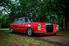 Only low. Only Mercedes-Benz. Old Mercedes, Mercedes Benz Cars, Bmw Classic Cars, Classic Mercedes, Custom Mercedes, Mercedez Benz, Street Racing Cars, Old School Cars, Sweet Cars