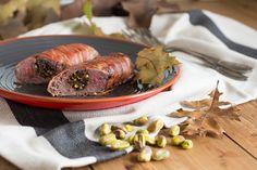 Deze gevulde hazenrug is een feestelijke, maar ook erg gezonde maaltijd. Heerlijk in combinatie met de bacon en pistache, bekijk hier het recept.