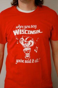 Vintage BUCKY BADGER UW Wisconsin t-shirt