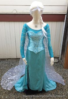 Elsa Frozen Snow Queen Park Version A Adult Costume Custom Made. Would make the wig blond not white though. Disney Costumes, Adult Costumes, Cosplay Costumes, Halloween Costumes, Elsa Cosplay, Frozen Dress, Elsa Frozen, Disney Princess Dresses, Disney Dresses