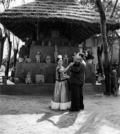 Abito di Frida Kahlo | ... abito di frida kahlo 50esimo anniversario dalla morte di frida kahlo
