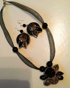 Collana e orecchini realizzati con cialde Nespresso #madebyladyri #nespressosecondlife