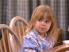 michelle tanner on We Heart It Michelle Tanner, Full House Michelle, Full House Funny, Ice Queen Adventure Time, Full House Tv Show, Dj Tanner, Uncle Jesse, Cute Kids Photography, Mary Kate Ashley