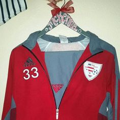A great gift for any sports fanatic in your life, or even a team gift! Dont forget to add a matching hair bow for FREE! **************This listing